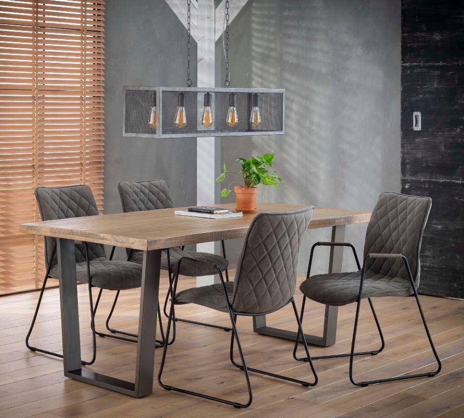 Moderne Houten Eettafel.Moderne Mango Houten Eettafel Met Trapeze Onderstel Kopen
